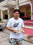 BigBommmm, 26, Bangkok