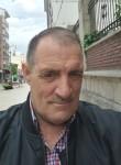 Roberto González, 57  , Aviles