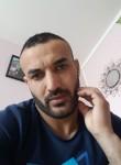 Hamza, 18  , Melun