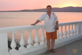 Sergey, 58 - Just Me