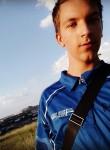 Yaroslav, 19  , Lisichansk