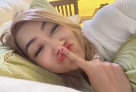 Areeya, 18 - Just Me