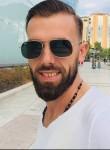 Ermal, 28  , Tirana