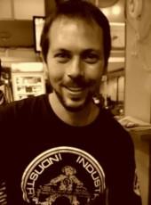 David M. T, 33, Spain, Santa Eularia des Riu
