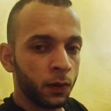 Mouzzi, 30  , Bouira
