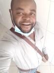 Landry , 32  , Sharjah