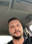Stefan, 23  , Bucharest