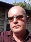 Teza, 52  , Northampton