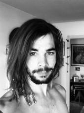 Maël, 25, Switzerland, Lausanne