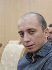 Artur, 32, Russia, Raduzhny