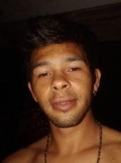 Willian, 27, Brazil, Pato Branco