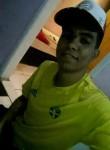 Isael, 20  , Salvador