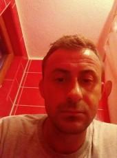 Armin, 30, Bosnia and Herzegovina, Sarajevo