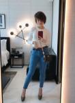 Mel, 24  , Singapore