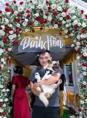 Pham Minh, 25, Vietnam, Ho Chi Minh City