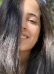 Noor, 20, Et Taiyiba