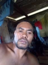Belouma , 29, New Caledonia, Noumea