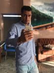 Khaled, 31 anno, Dikirnis