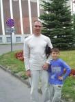 Sergey, 51  , Pskov