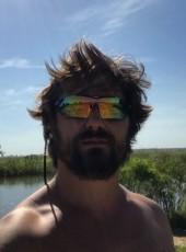 Yuriy, 35, Russia, Sochi