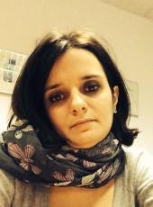 nellydurette, 33, République Française, Paris
