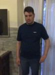 vincenzo, 34  , Trani