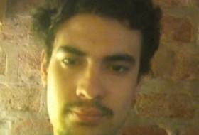 Ezequiel, 21 - Just Me