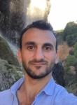 Bilal, 35  , Istanbul