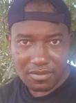 Oumar, 35  , Ouagadougou