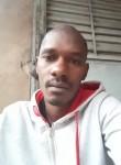 Diallo, 33  , Conakry