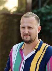 Vitaliy, 32, Russia, Moscow