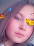 Laura, 22, Riga
