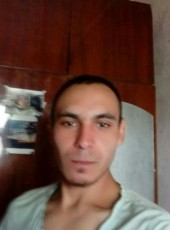 Yurik, 23, Ukraine, Novoselytsya