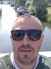 Vyacheslav, 35, Belarus, Minsk