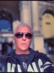 carlo, 52  , Varese