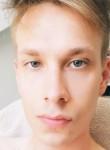 Luca, 23  , Vienna