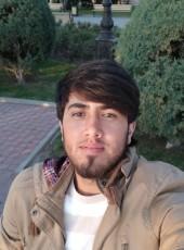 Maksim, 25, Russia, Sevastopol