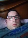 Luca, 32  , Fondi