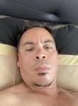 kirely, 45  , Badalona