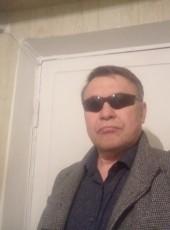 Yuriy, 57, Estonia, Tallinn