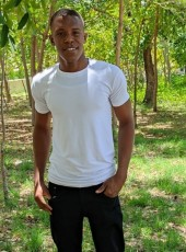 Rosebert, 21, Dominican Republic, Santa Cruz de Barahona