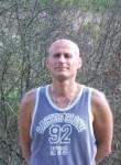István, 47  , Bundi