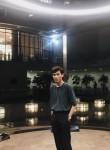 mikha, 21, Jakarta