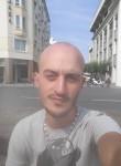 mehdi, 31  , Mantes-la-Ville