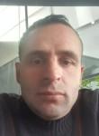 Tini, 40  , Pristina