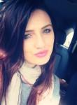 Vivian, 35  , Elmont