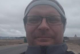 Slava, 39 - Just Me