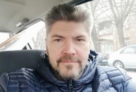 Maksim, 47 - Just Me