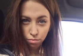 katya, 28 - Just Me