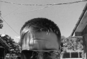 Maksim, 25 - Just Me